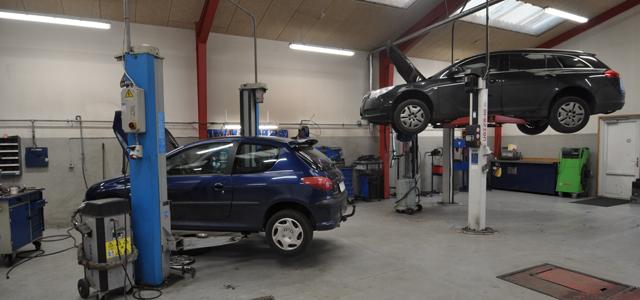 Autoværksted   Salg af brugte biler   Brørup Bilcenter, Brørup